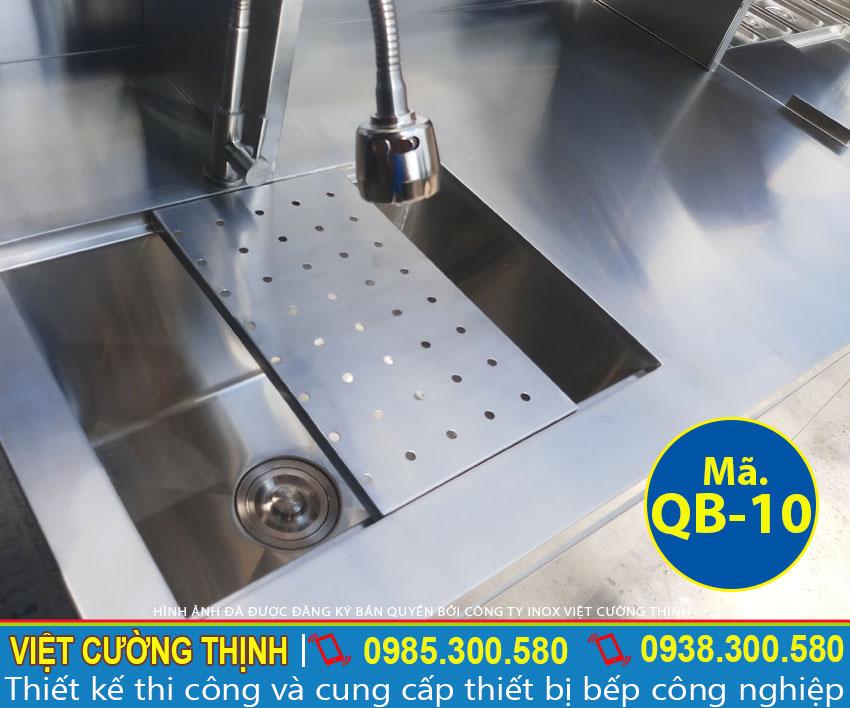 vòi nước bồn rửa của quầy qb-10 pha chế trà sữa