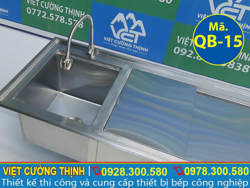 Vòi nước được làm từ chất liệu inox 304