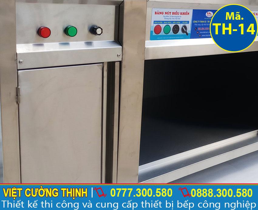 Góc trong tủ giữ nóng thức ăn