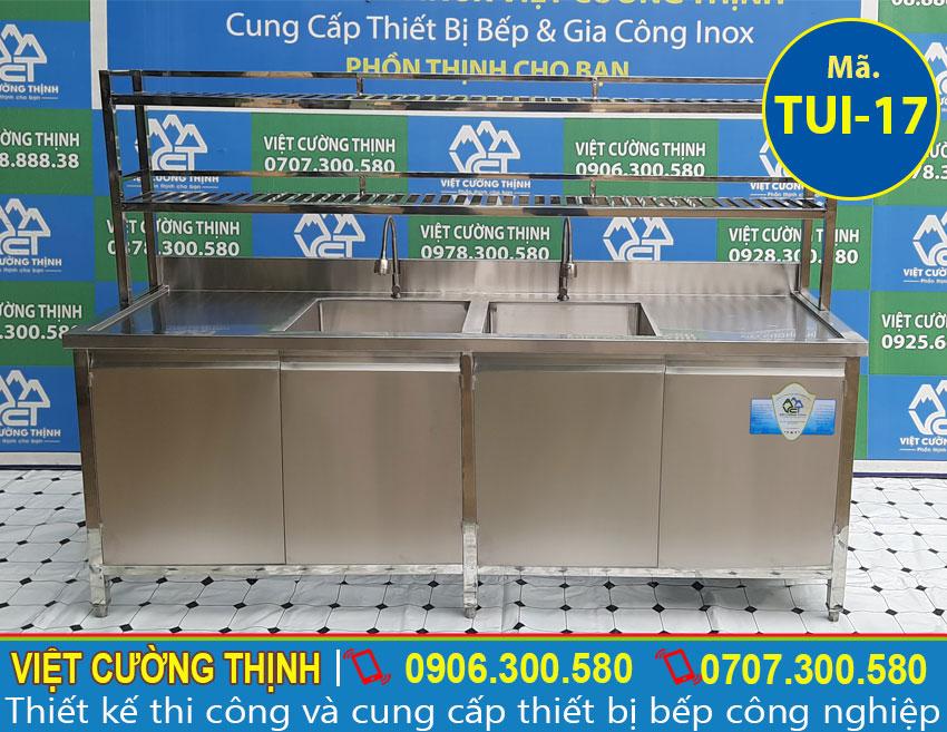 Báo giá tủ bếp inox có 2 bồn rửa và kệ trên TUI-17